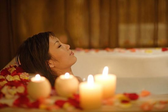 肩こりがひどい時には半身浴で緩和をおすすめ!