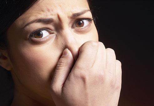 ドライマウスで口臭が気になる人には油うがいはいいと思う!